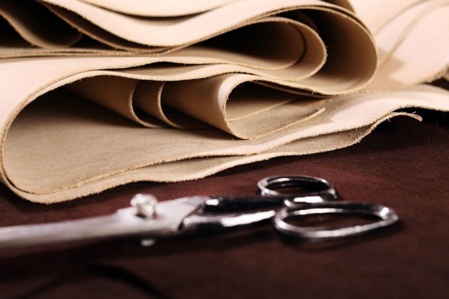Meble tapicerowane - tkanina czy ekoskóra?